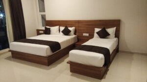 Heritage Inn Room2